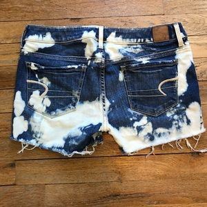 American Eagle Distressed Cut Off Shorts